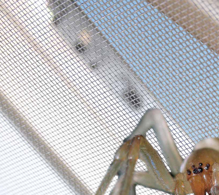 Москитная сетка на мансардные окна своими руками